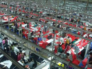 Bangladesh garment factory (Courtesy of Wikipedia Commons)