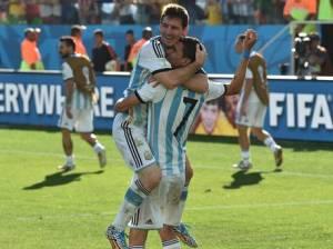 Argentina celebrates win over Switzerland (photo credit)