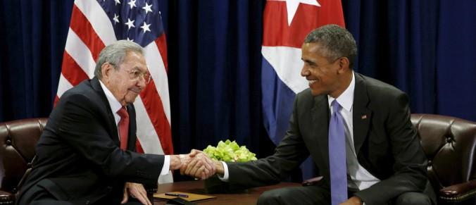 obama-castro-handshake